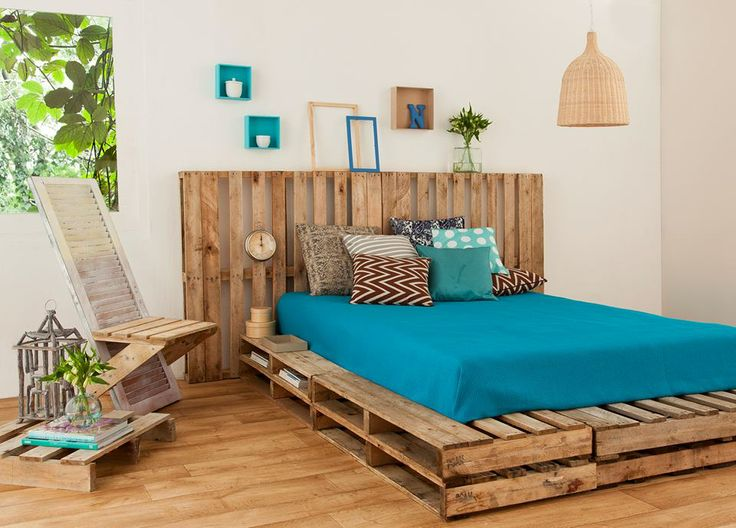 Recycled-pallet-bed-frames-for-your-home-hometshetics-14